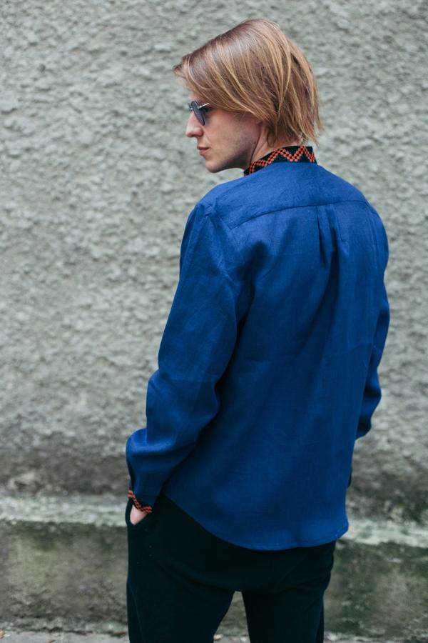 Вишиванка чоловіча синя ME10